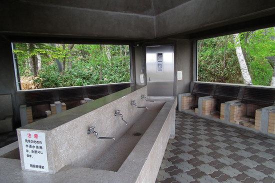 クッチャロ湖畔キャンプ場の炊事場