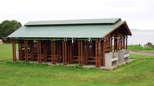 尾岱沼ふれあいキャンプ場 中心部のバーベキュー棟