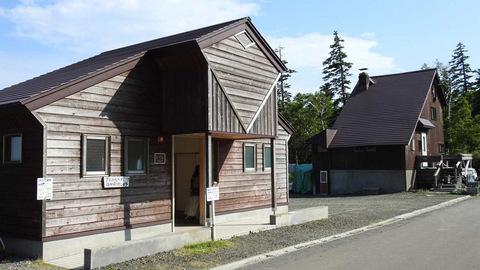 白銀荘前キャンプ場のトイレ