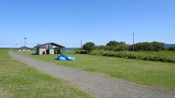 キムアネップ岬キャンプ場