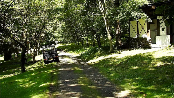 ポロトの森キャンプ場の通路