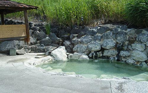 野中温泉別館の露天風呂