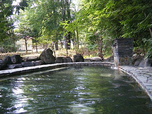つるつる温泉の露天風呂