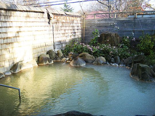 温泉ゆころの露天風呂