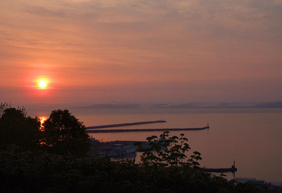 稚内港の夜明け