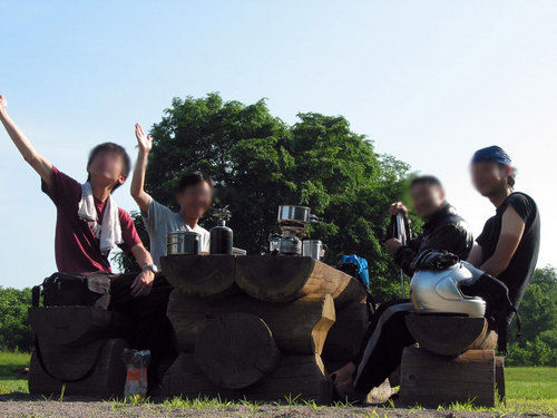 2009-07-06-上士幌航空公園の朝 ライダー達とともに