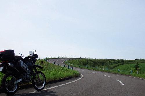 2014-08-03-ナイタイ高原 頂上手前のカーブ