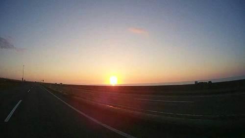 2015-09-21-朝日の中の出発