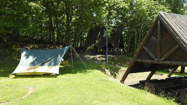 2017-06-17-日の出公園キャンプ場にテント設営完了