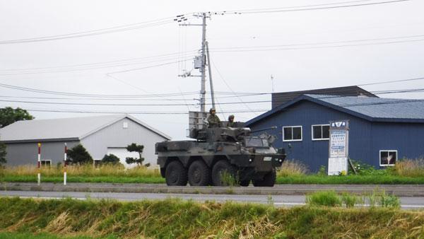 2017-07-17-道の駅三笠でみた装甲車