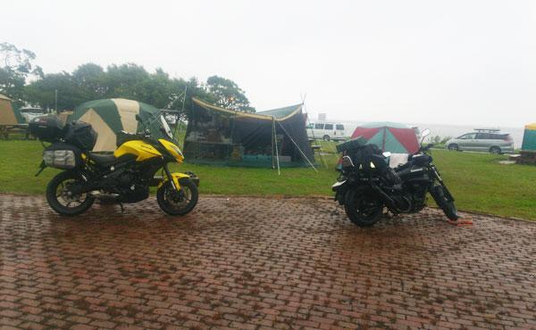 2017-08-14-尾岱沼 尾張ナンバーのバイク
