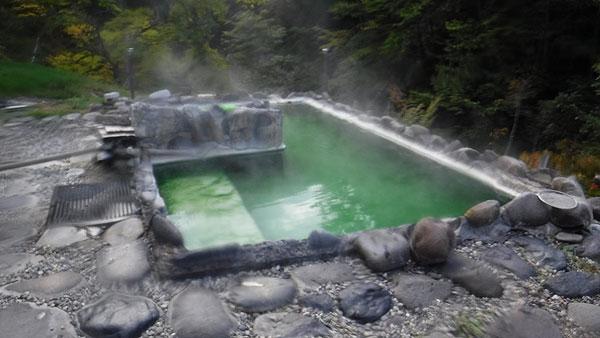2017-09-16-幌加温泉 鹿の谷幌の露天風呂