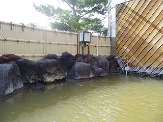 ながぬま温泉の露天風呂