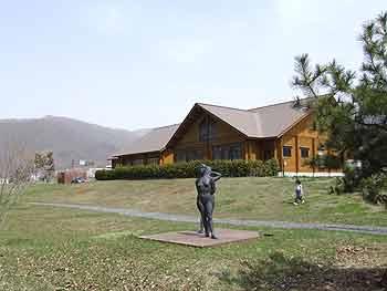 キムンドの家の建物