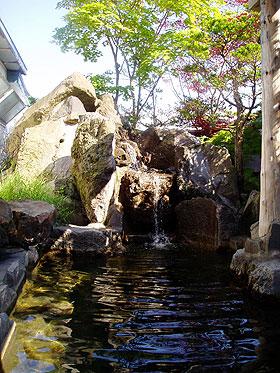 虎杖浜温泉ホテルの露天風呂