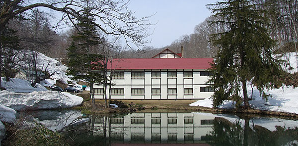 鯉川温泉旅館の外観