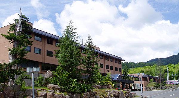 ニセコ昆布温泉ホテル甘露も森外観