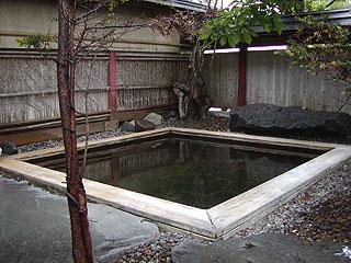 パークウェイ男性用露天風呂