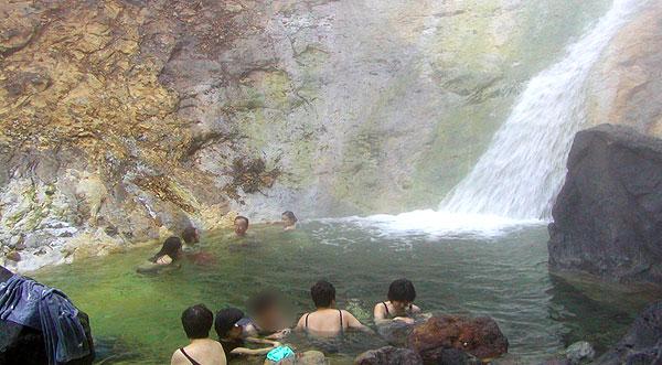 カムイワッカ湯の滝 四の滝